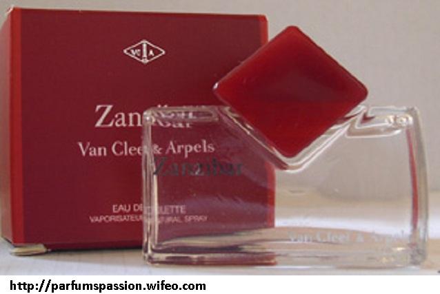 Cleefamp; Van Flacons Miniatures Van Arpels Cleefamp; Flacons Arpels Miniatures SGVUzMqp